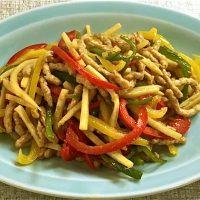 大豆たん白の青椒肉絲(素使用)大豆ミート